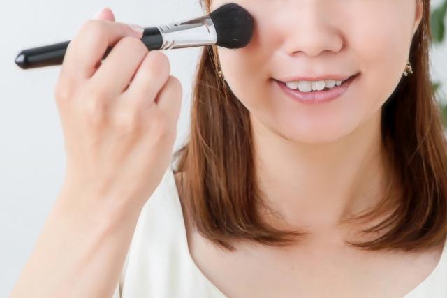 フェイスブラシ・チークブラシなど化粧筆を通販でお求めなら