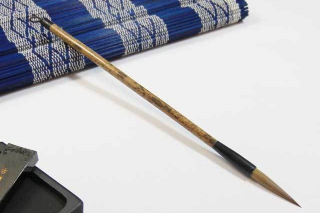 書道筆を通販で購入するなら納得の価格で高級な筆を扱う【豊橋筆 嵩山工房 匠-TAKUMI-】